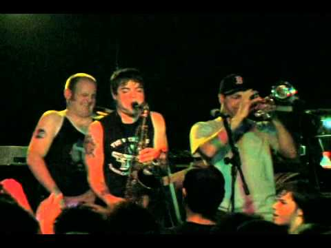 YouTube   Big D and the Kids Table   Summer of Ska   2006